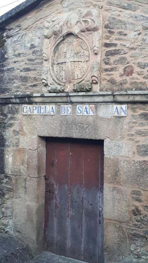 Capilla de San Juan, Sarandones
